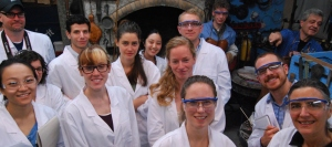 Pamela Smith and students in the lab